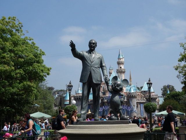 california-disney2