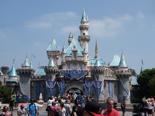 california-disney3