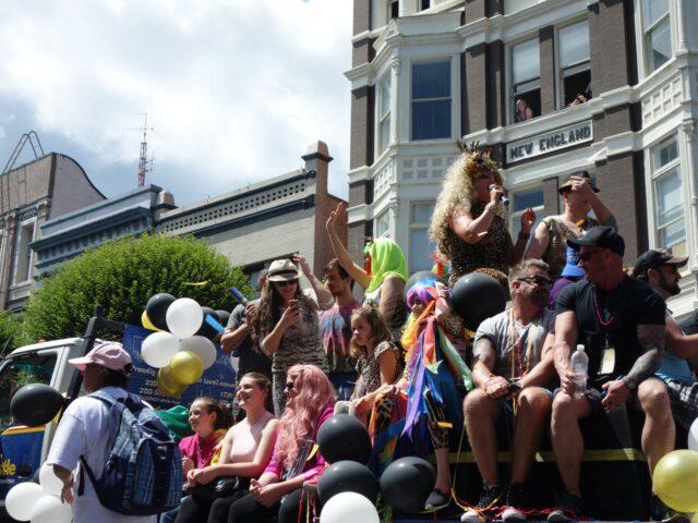 victoria-pride-parade19