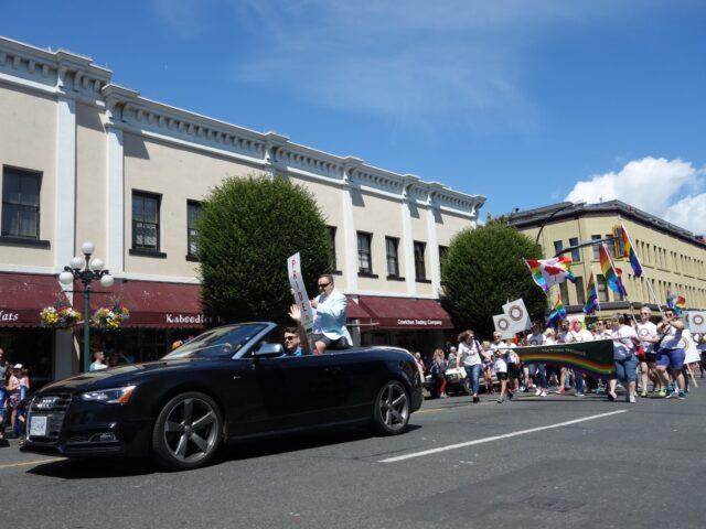 victoria-pride-parade3