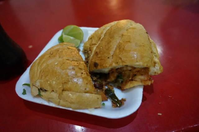 eating-in-mexico-city1